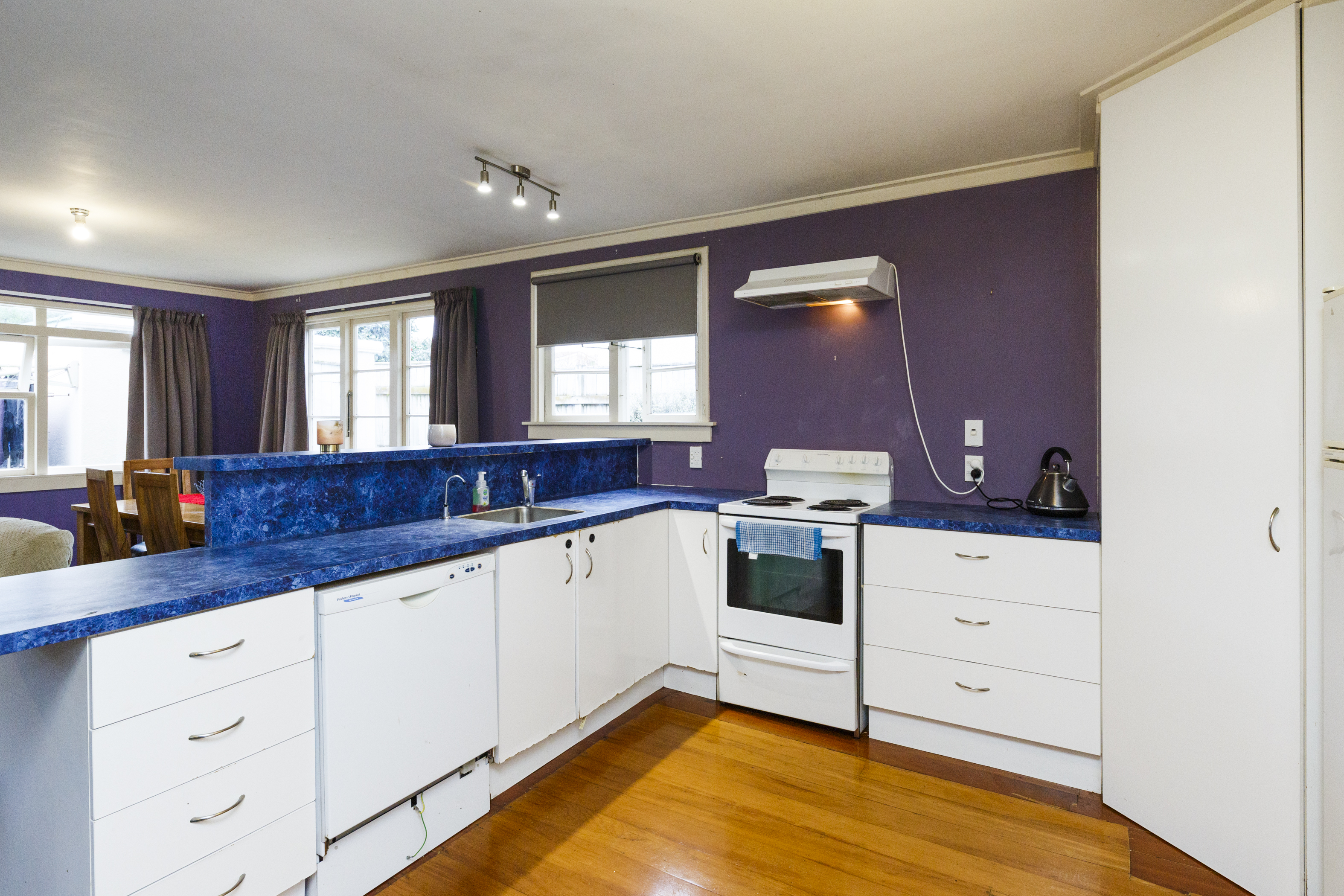 Property Picture: Offers Over: $490,000